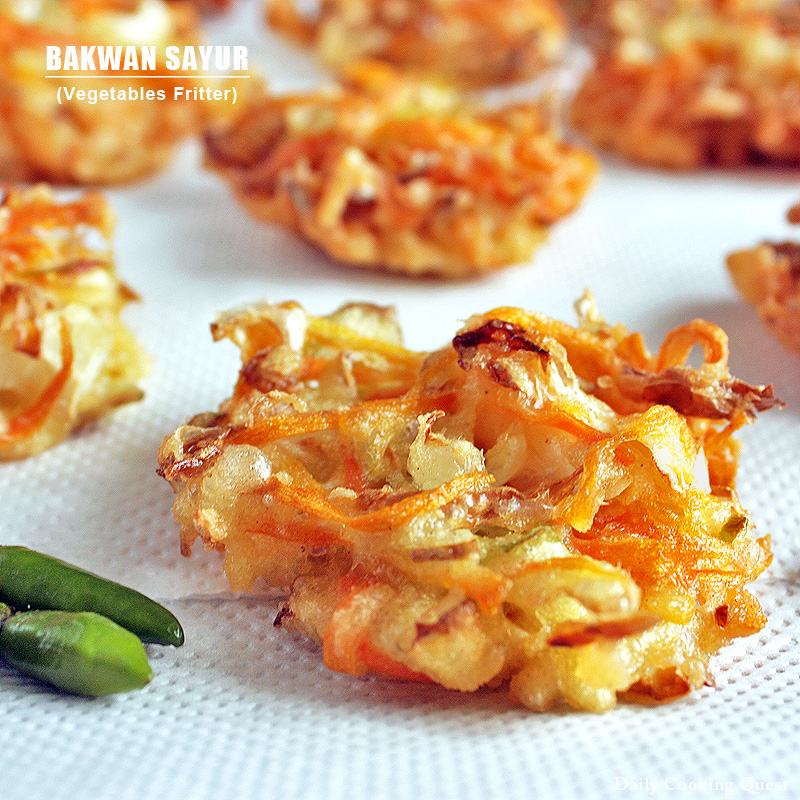 dailycookingquest http://dailycookingquest.com/by-category/side-dish/bakwan-sayur-vegetables-fritter